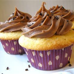 Receta cupcake de vainilla con crema de cacao
