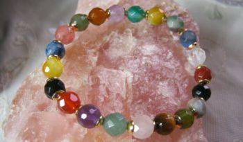 Tutoriales gratis para crear collares y pulseras